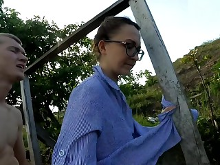 Housewife washes dress exposed to the geyser and enmeshed a detect in a pussy