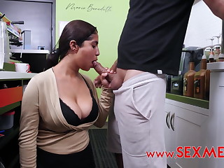 Analia's Hot Coffee casting in the coffee shop