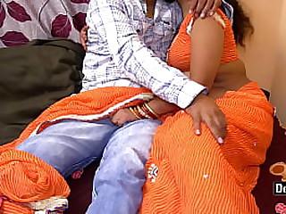 Desi Hot Bhabhi Love to Sex With Hard Big Cock