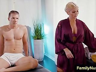 Lucky guy get hot massage from milf